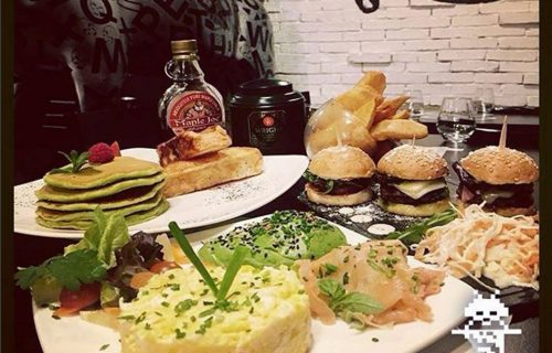 restaurant_fence_casablanca2