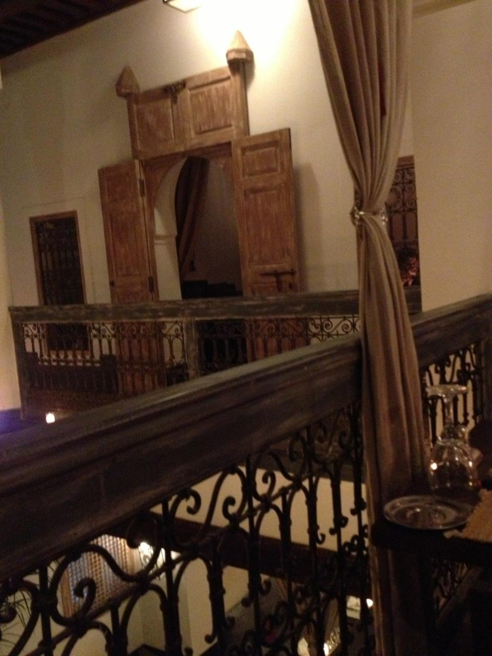 restaurant le comptoir du pacha marrakech. Black Bedroom Furniture Sets. Home Design Ideas